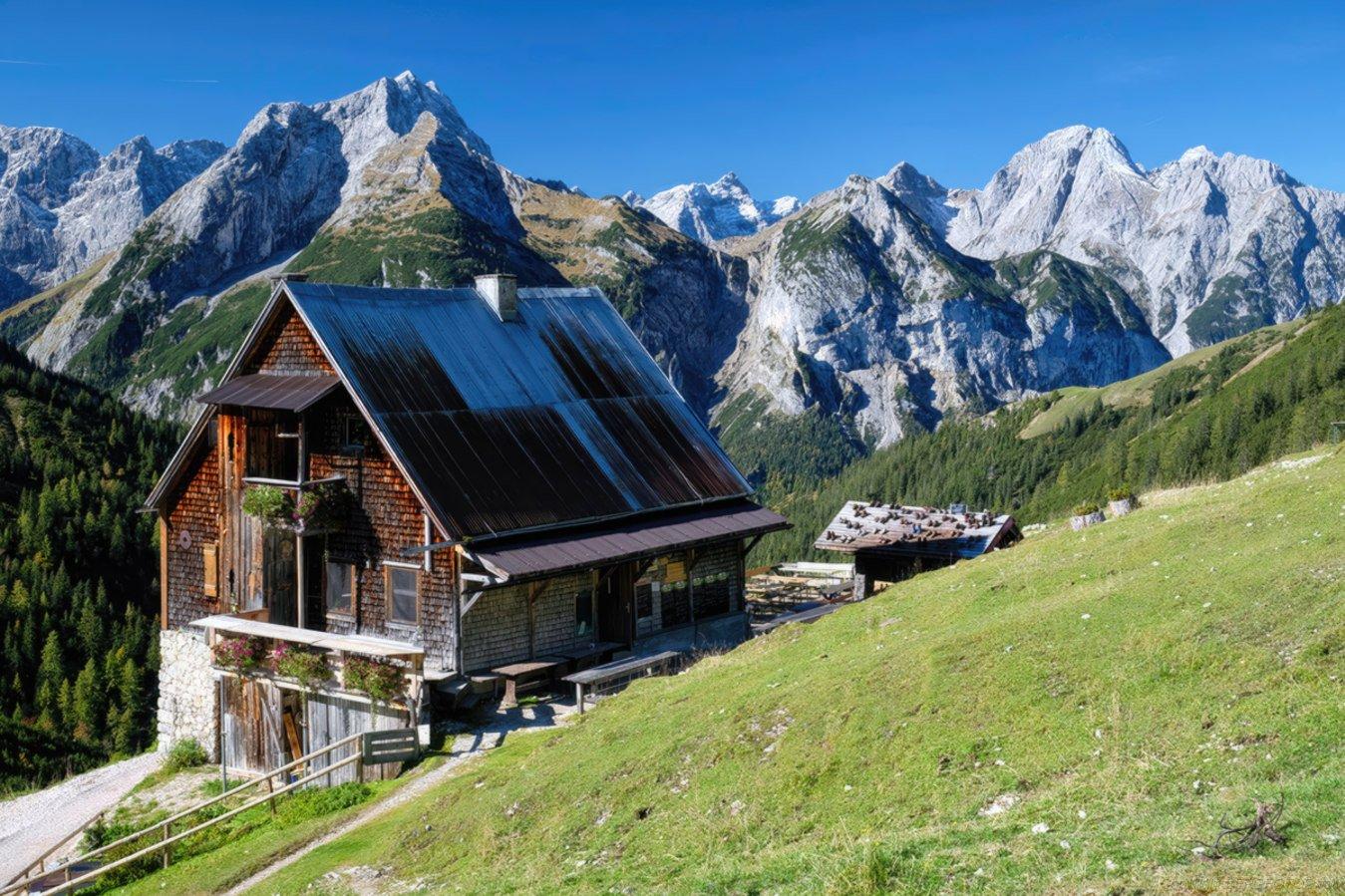 Plumsjochhütte 1630m im Karwendel